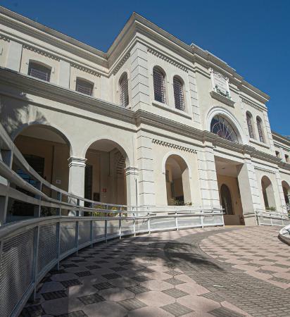 Imagem do prédio do museu
