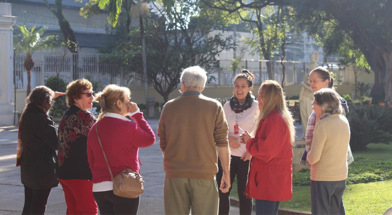 Foto de pessoas participando do programa